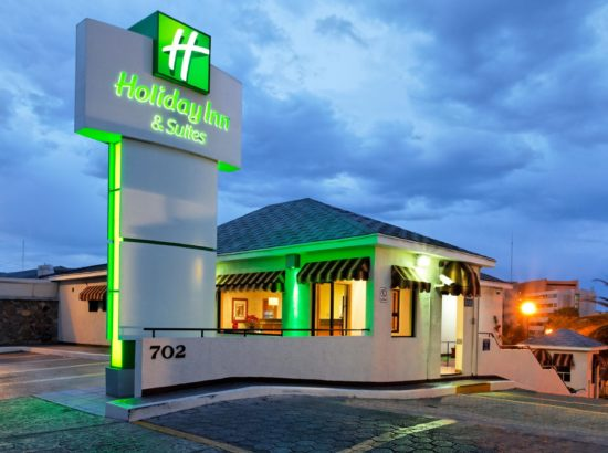 Holiday Inn® Hotels & Resorts